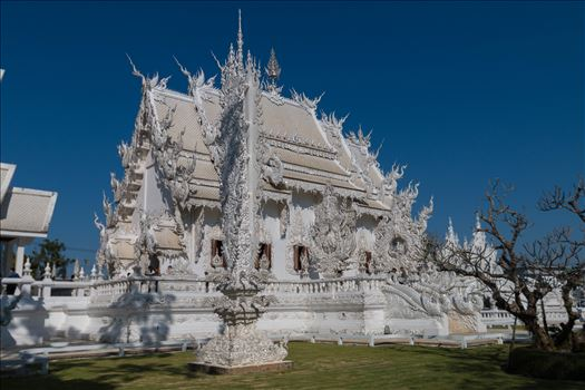 Wat Rong Khun 6 by AnnetteJohnsonPhotography
