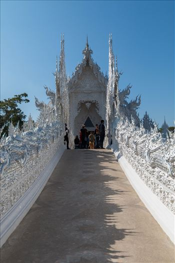 Wat Rong Khun 4 by AnnetteJohnsonPhotography