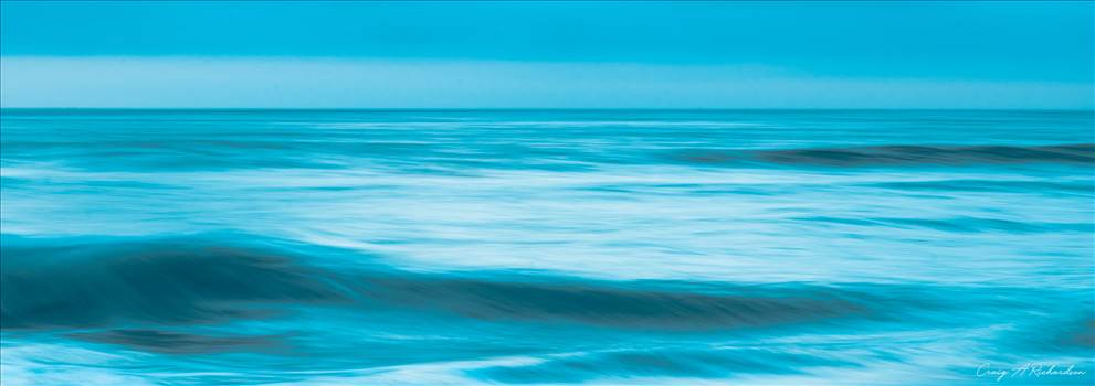 Into The Blue. by Craig A Richardson Photography