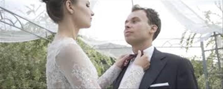 Jeżeli szukasz kamerzysty i fotografa na wesele w Polsce. Liveerpro.com oferta wysoka jakość usług filmy weselne oraz reklamowe z niska cena.  See More :-http://www.liveerpro.com/