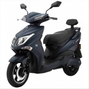 e-scooter-futura.jpg by swissoffer