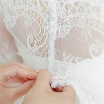 Sie sind auf der Suche nach einem Hochzeitsfotografen in München und Umgebung? Erhalte kostenlose Fototips und moderne günstige Fotokurse online auf art-is-passion.com.  Visit here: - https://art-is-passion.com/