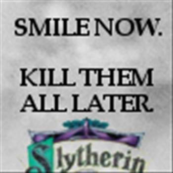 slytherin_icon__smile_now_by_xxoriginalsinxx-d2y7r3s.jpg by Charbonne