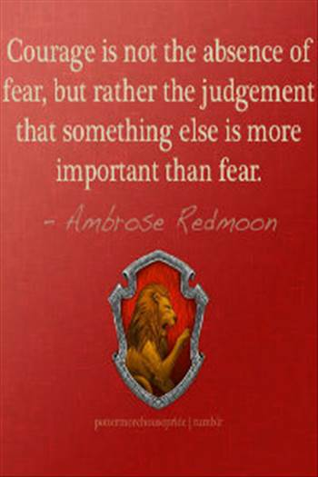 ALprofileicon-Gryffindor-Courage--somethingelseismoreimportantthanfear.jpg by Charbonne
