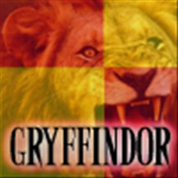 Gryffindor_Icon_1_by_GoldenPrincess25_zps40083f41.jpg by Charbonne