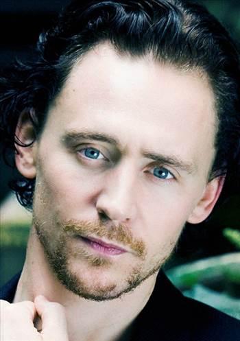 tom_hiddleston-the_avengers-1_zpsefb92f14.jpg -