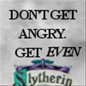 slytherin_icon__get_even_by_xxoriginalsinxx-d31ovlb.jpg by Charbonne