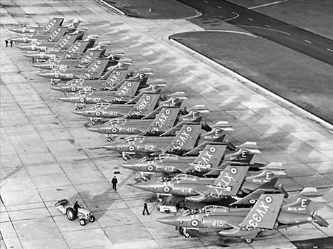Lossie May 71 800 Sqdn Line Up (Large) - Copy.jpg by RichardG