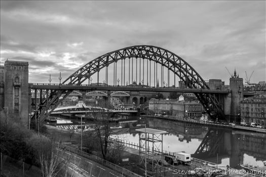 Tyne Bridge in black and white by Steven's Shots Photography