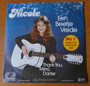 PW-DS-012 - Nicole - Een Beetje Vrede (1).JPG by whitetaylor