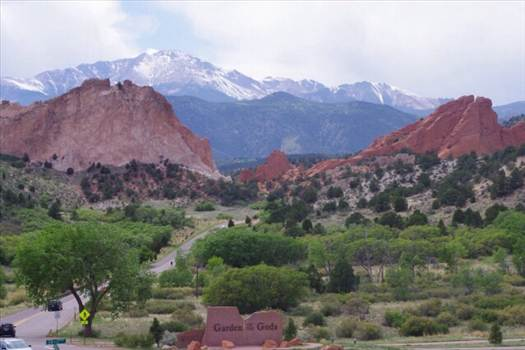 Garden of the Gods in Colorado by Tumbleweed Express