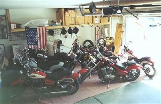 Super Garage by ShadowShack