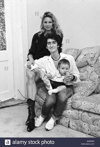 gary-holton-actor-with-family-girlfriend-susan-harrison-and-son-red-ENW09H_zpsdzoonvdr.jpg by Arthur Pringle