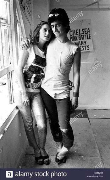 punk-couple-tracey-boyle-and-gary-holton-3rd-august-1977-EM824R_zpswomueiuw.jpg by Arthur Pringle