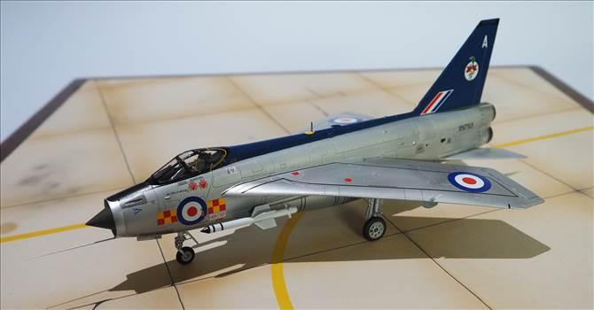 EE Lightning 14.JPG by warby22