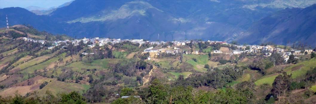 santo tomas panoramica 2.jpg by Luis Alberto Cordova Banda