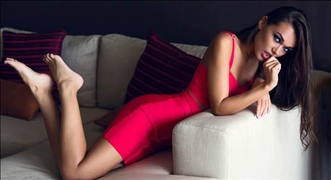 hot-girl-wallpaper-3840x2160-007.jpg by alex1012345