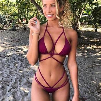 LatinFeels.com - Find Best Online Dating Latina Girls.jpg by alex1012345