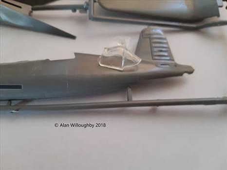F4U-1 Build 2 copy.jpg -