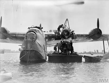 230 Sqn Sunderland Mk I Malta 1941.jpg -