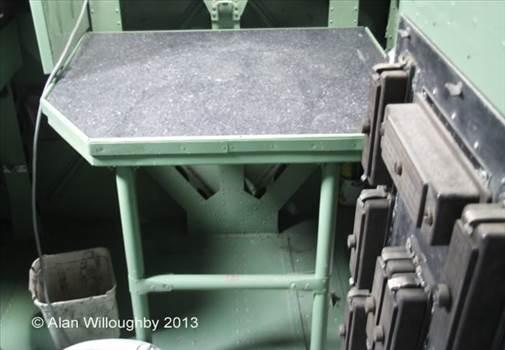 Flt Eng hatch access stand.jpg -