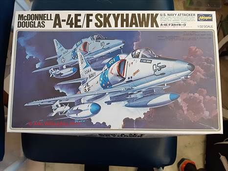 RNZAF A4K Skyhawk Build 1A.jpg -