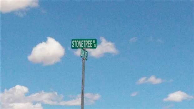 40acStonetreeSign.jpg by saltonsealand
