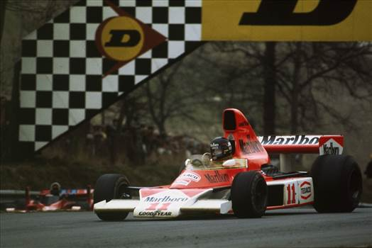 James-Hunt-and-McLaren-will-always-be-linked-after-his-World-Championship-triumph.jpg by IntentionallyBlank
