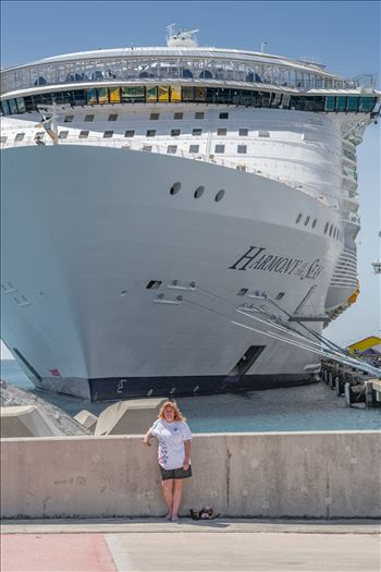 Lisa and the harmony of the seas-8506075.jpg by Terry Kelly Photography