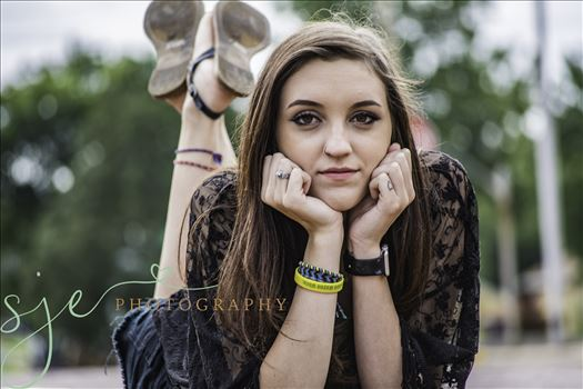 Hannah Guinn by SJE Photography