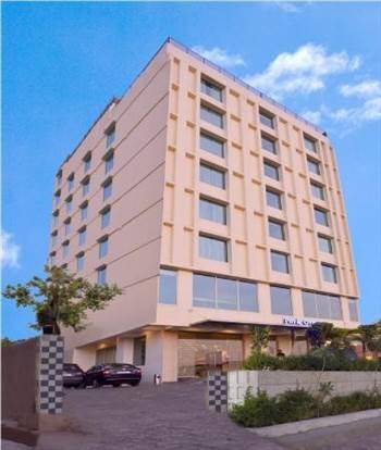 Hotel Park Ocean Exterior.jpg by HotelParkOcean