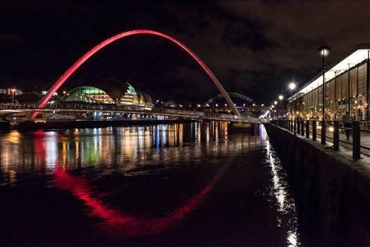 'Paint the bridge red' by Graham Dobson Photography