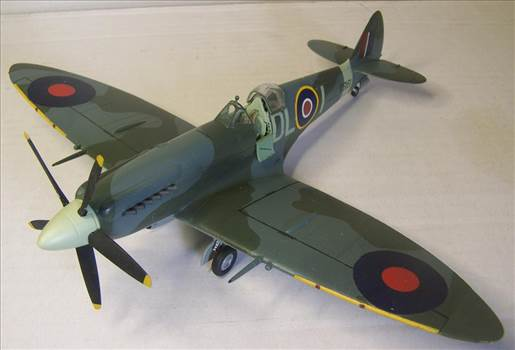 Airfix Spitfire XIVc 2.JPG by Alex Gordon