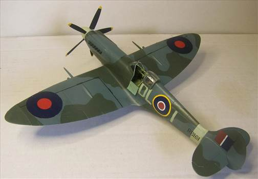 Airfix Spitfire XIVc 3.JPG by Alex Gordon