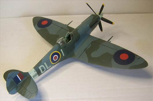 Airfix Spitfire XIVc 4.JPG by Alex Gordon