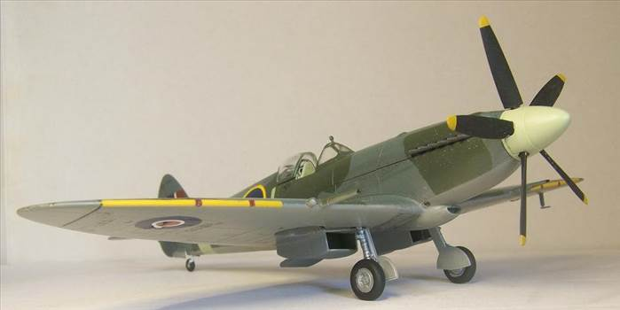 Airfix Spitfire XIVc 6.JPG by Alex Gordon