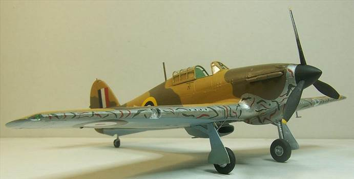 Airfix Hurricane Trop 5.JPG by Alex Gordon