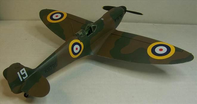 Airfix Spitfire I 4.JPG by Alex Gordon