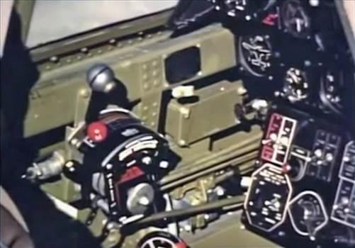 Cockpit_green_P40c.jpg -