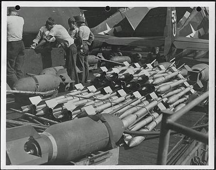 Navy_Rockets_bomb.jpg by modeldad