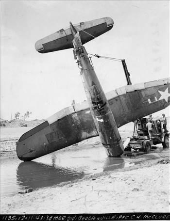 F4U-1 BuNo 02576 - Marines Dream - VMF222 - Bougainville - 11 Dec 1943 - 127-GW-74971.jpg -