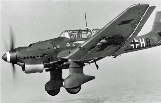 Stuka-_21_.jpg -