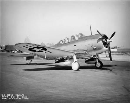 SBD-6_wing_tanks2.jpg -