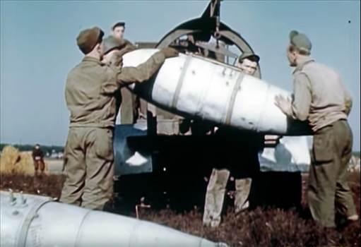 German_Aux_Tank_P47c.jpg -