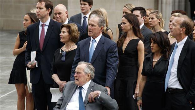 882571D4-4426-49B7-B832-44191B520DF1_w1023_r1_s.jpg - مراسم بزرگداشت «باربارا بوش» با حضور روسای جمهوری پیشین آمریکا