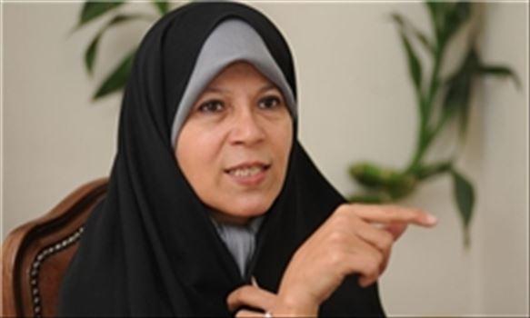 781073_503.jpg - فائزه هاشمی: مخالف حجاب اجباری هستم/ اگر ورود زن