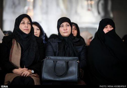 327909_230.jpg - همسران روحانی (رئیس جمهور)، جهانگیری (معاون اول رئیس جمهور ) و ظریف (وزیر خارجه)
