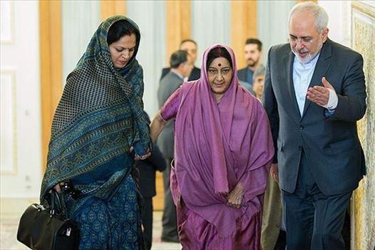 586649_419.jpg - پوشش وزیر خارجه هند در دیدار با ظریف - سای