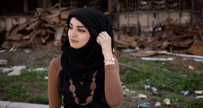 150239_462.jpg - این دختربعدازمبارزه باداعش درموصل جان سالم بدربرد
