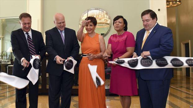 3B13DF50-F798-402C-8CC0-11D2435737F4_w1023_r1_s.jpg - لاتویا کانترل به عنوان نخستین شهردار زن نیواورلئان انتخاب شد